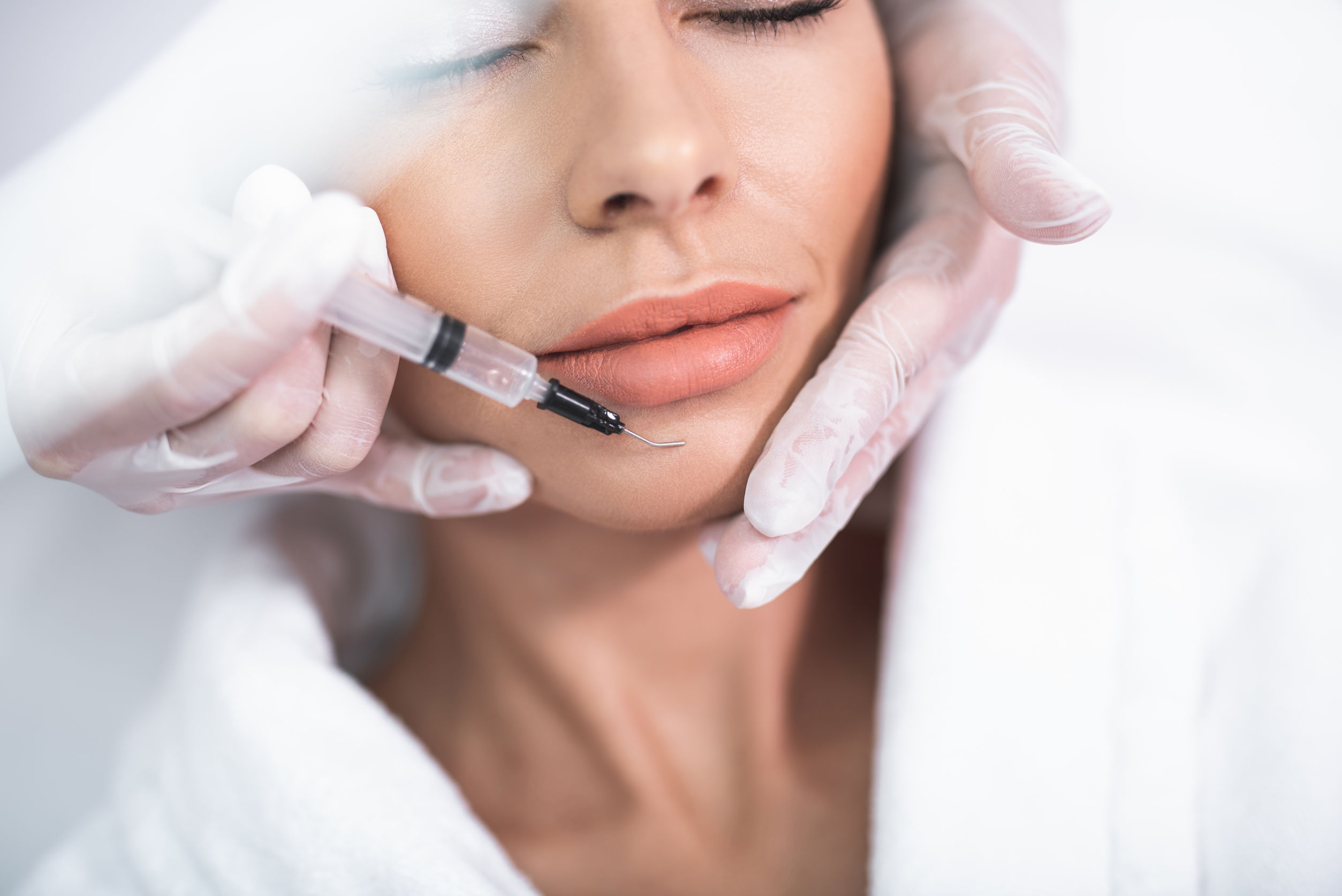 Should I Get Dermal Fillers or Botox Injections in Fort Lauderdale?